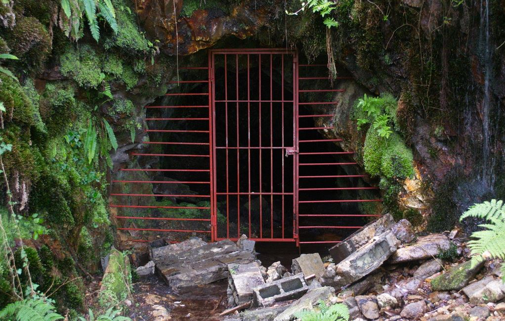 minería en galicia Charla-coloquio sobre a minería en galicia 25 de outubro de 2016 proxección do documental lobos sucios dirixido por felipe rodríguez lameiro.