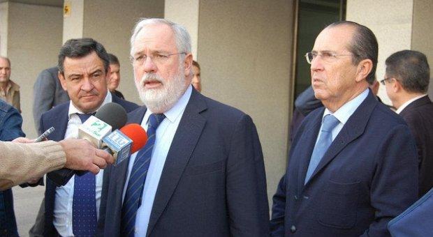 Miguel Arias Cañete dirigirá el Ministerio de Agricultura, Alimentación y Medio Ambiente. Arias_canete_ministro_de_agricultura_alimentacion_y_medio_ambiente