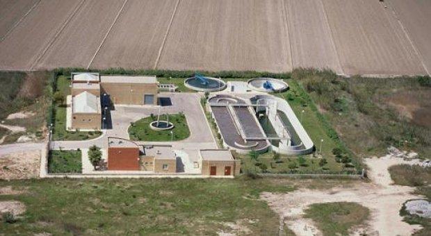 Energía solar y fangos activos para tratar aguas residuales