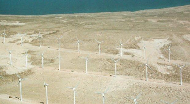 El parque eólico de Corralejo es un ejemplo de utilización de energías renovables asociado a la desalación