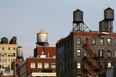 Los depósitos de agua en las azoteas de los edificios de Nueva York: