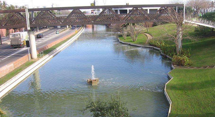 Parque_de_la_nueva_icaria_barcelona_wikipedia