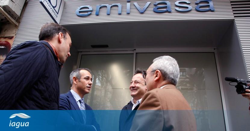 Aguas de valencia visita las nuevas oficinas de atenci n for Aguas de valencia oficina virtual