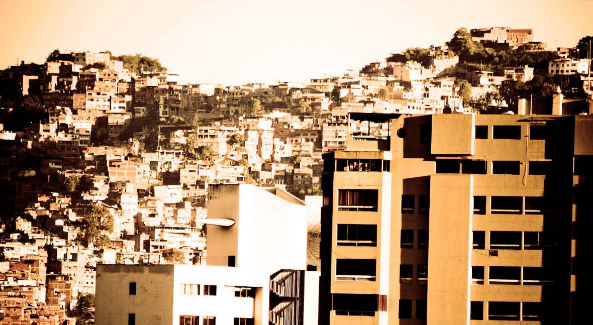 Arquitectura y urbanismo, disciplinas agua