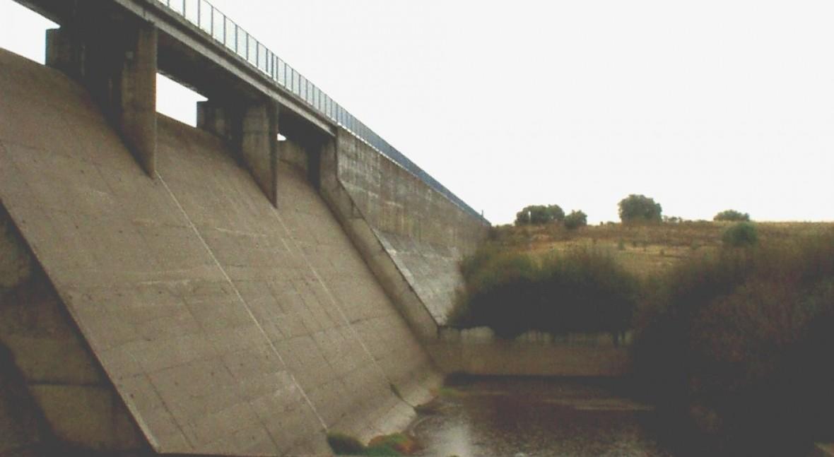 Presa Arroyo De La Luz