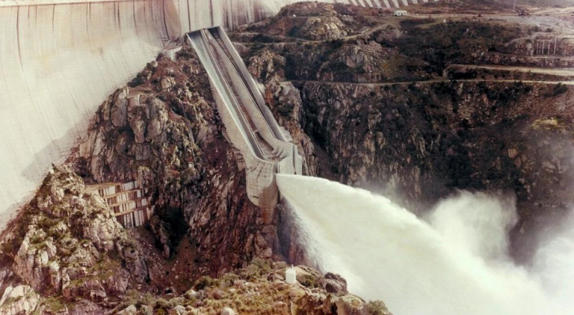 reserva hídrica española aumenta al 65,4% capacidad