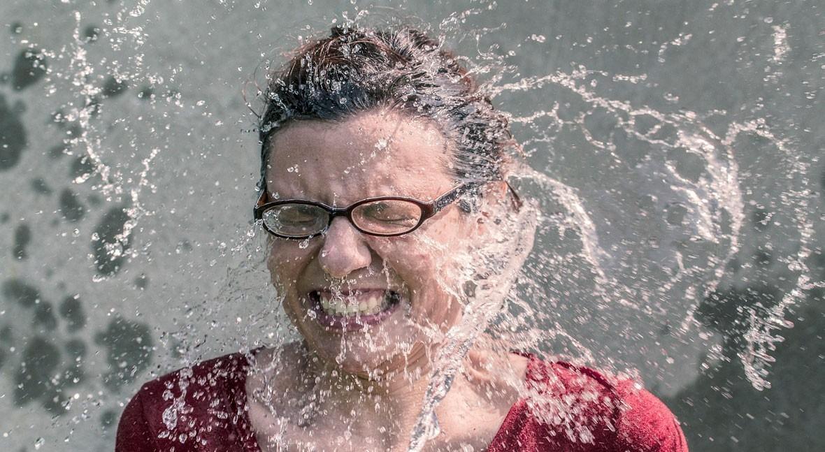 Al machismo, ni agua
