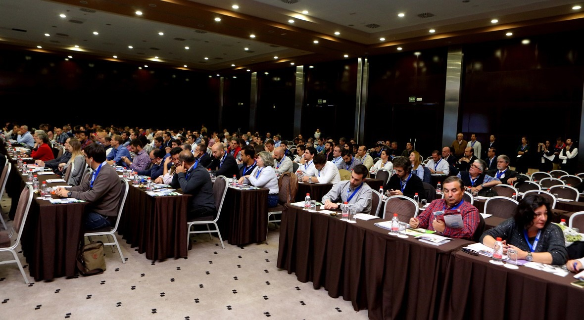 AGQ Labs organiza primer seminario internacional aguacates Sevilla