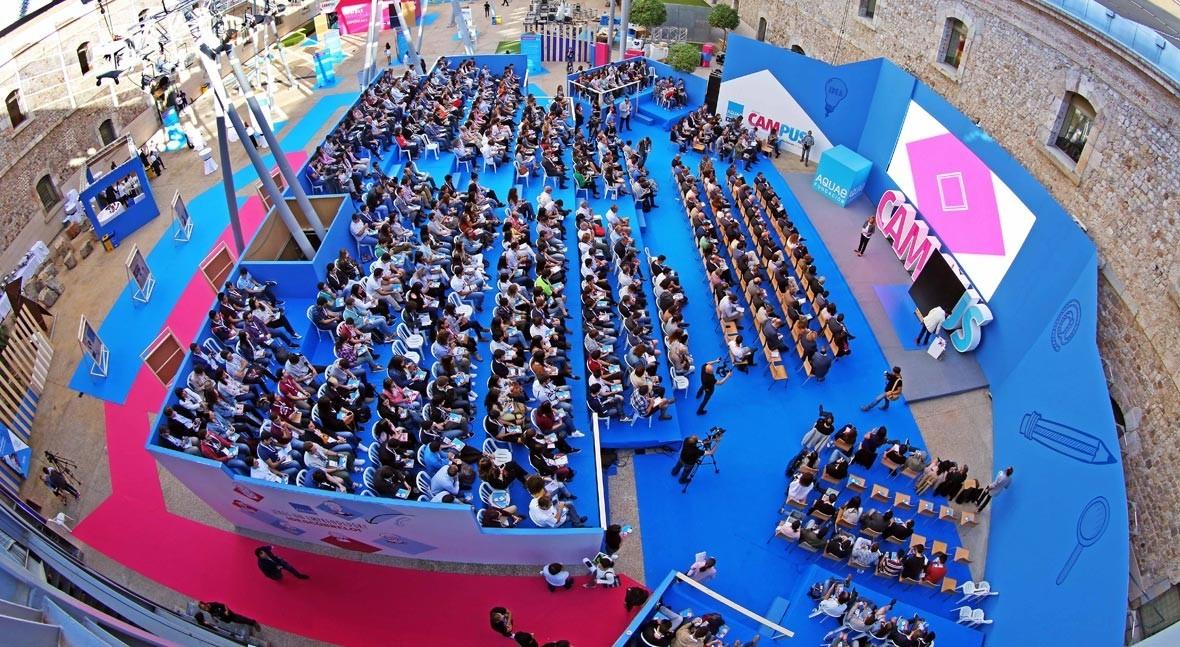 Más 700 personas acuden Cartagena al Aquae Campus 2017, centrado lo 'Visible Invisible'