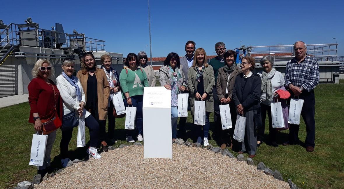 Aqualia abre puertas ETAP Cabornio usuarios centros sociales Oviedo