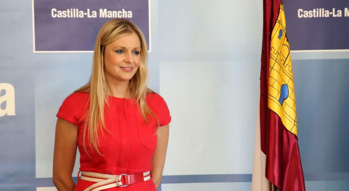 """regantes Tajo-Segura piden al PSOE que """"tape boca"""" Elena Cruz"""