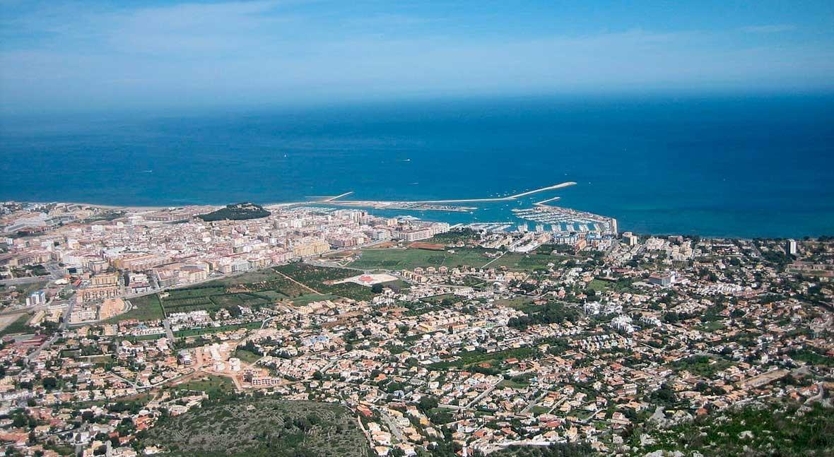 Ayuntamiento Dénia y Aqualia lanzan campaña explicar factura agua