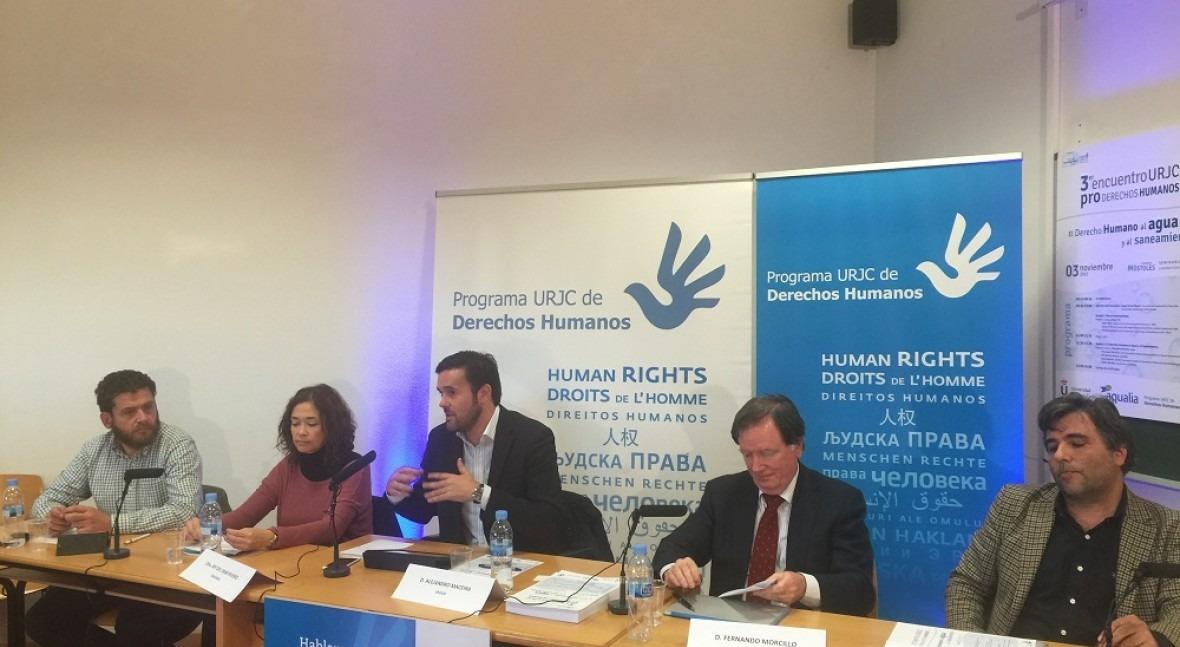 4 puntos vista (diferentes pero complementarios) Derecho Humano al Agua