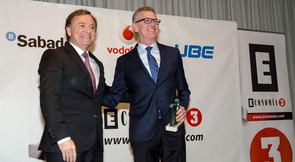 Economía 3 premia al Grupo Aguas Valencia trayectoria empresarial