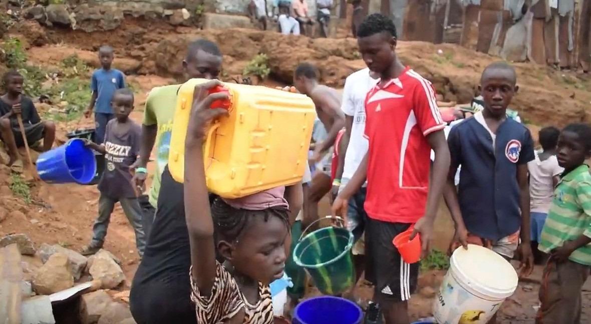 agua no llega colinas Freetown