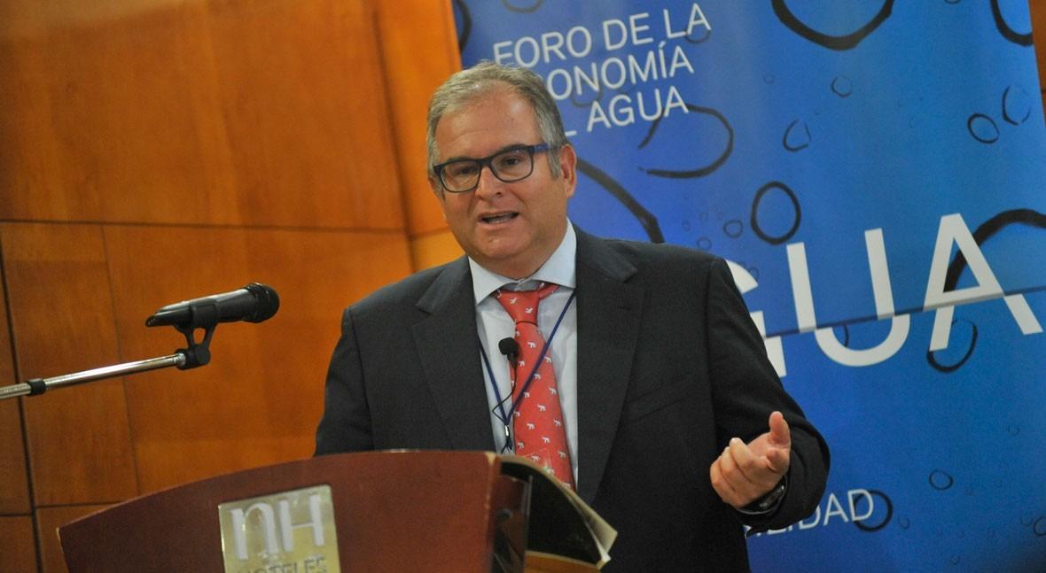 """Estanislao Arana: """"Ha hecho mucho daño debate público-privado cuanto gestión agua"""""""