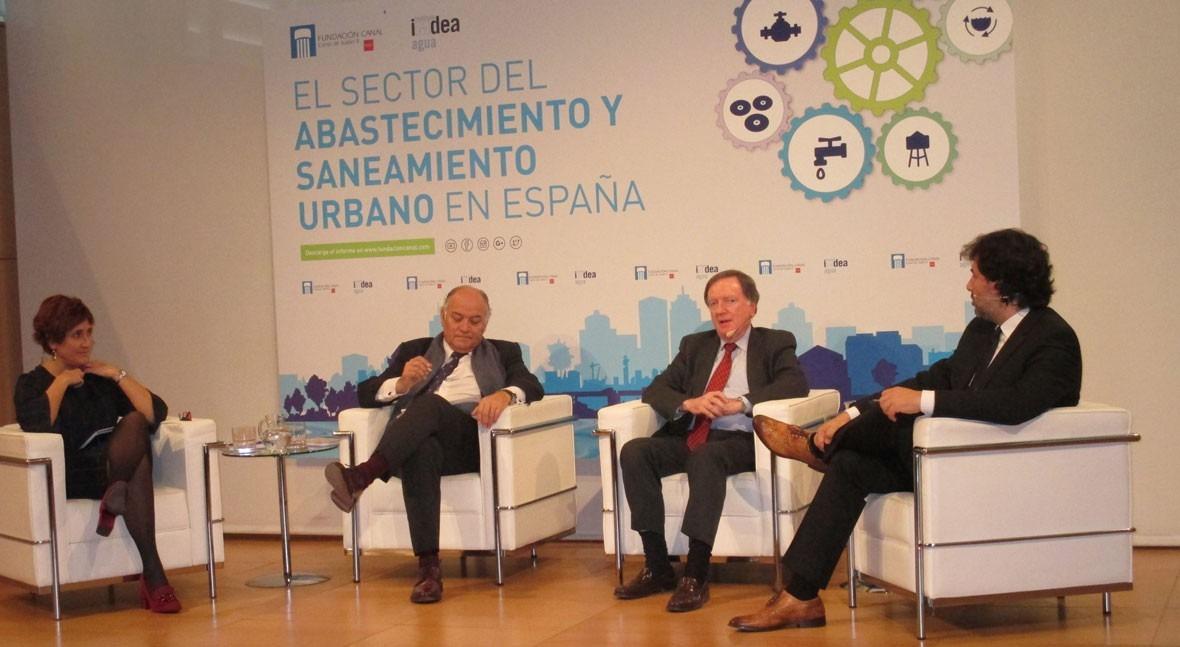F. Morcillo destaca necesidad comunicar mejor retos abordar sector agua