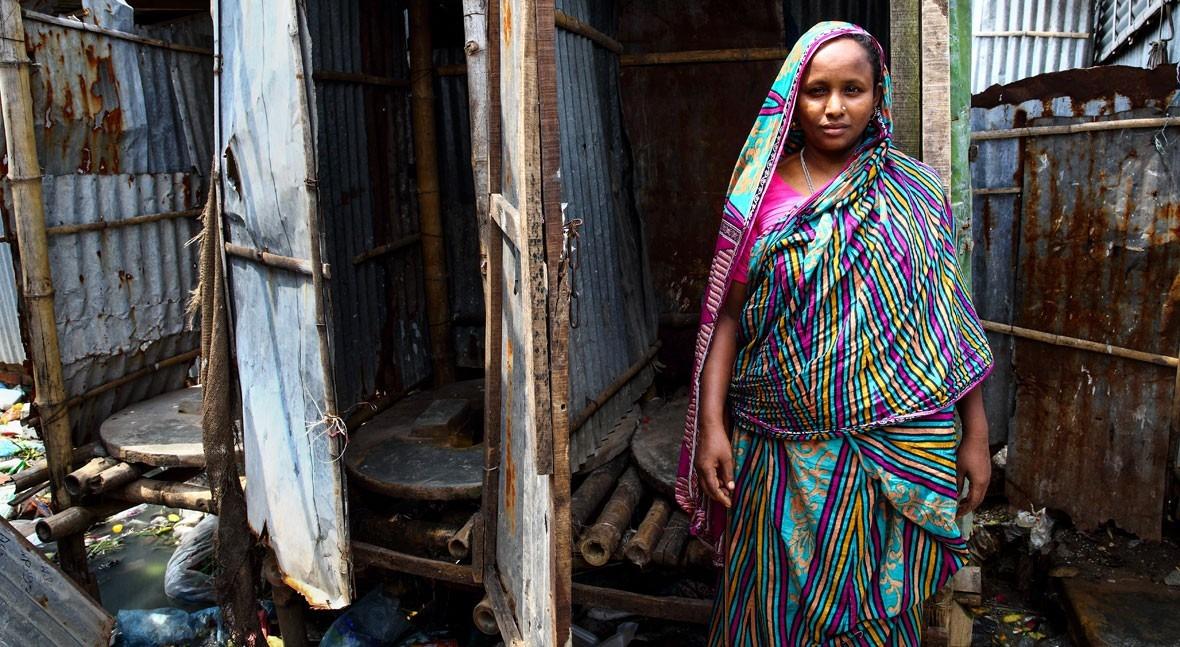 """""""My toilet: historias mujeres y niñas todo mundo"""": cuarto baño como narrativa vital"""
