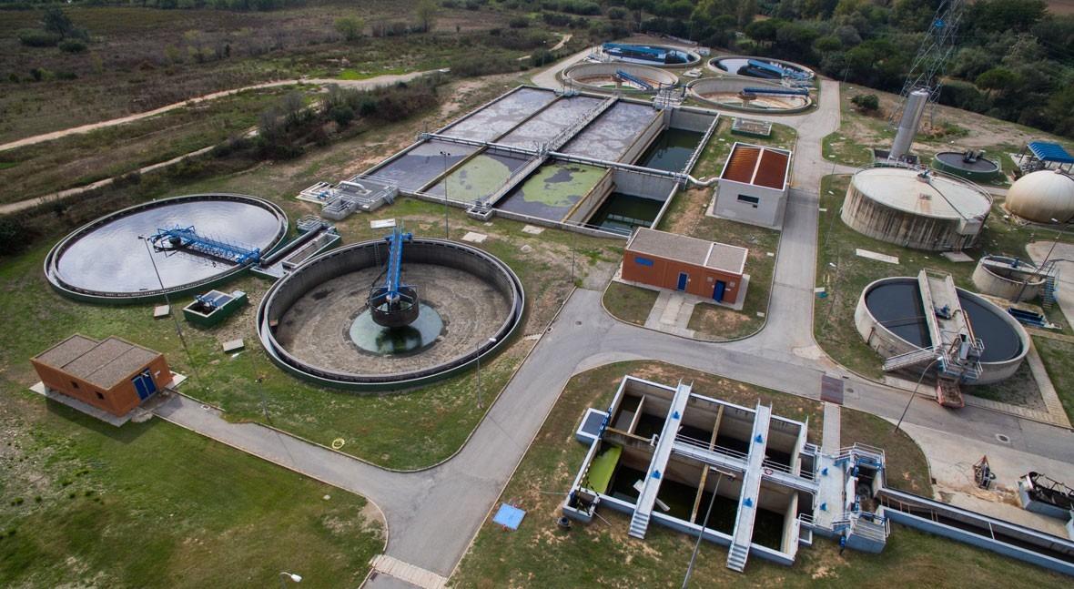 ACCIONA Agua patrocina exposición modelo pionero saneamiento Cataluña