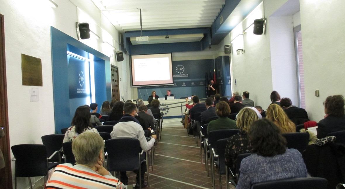 FEMP y AEAS presentan guía mecanismos acción social sector agua urbana