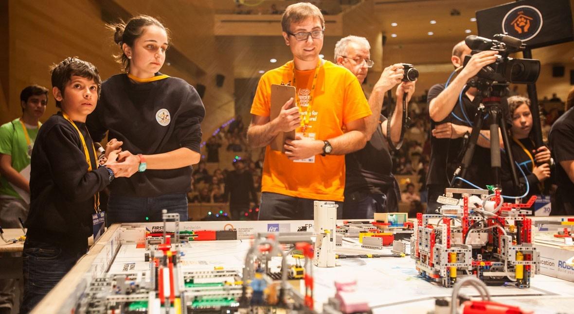 Fundación Aquae se incorpora al programa internacional FIRST LEGO League Hydro Dynamics
