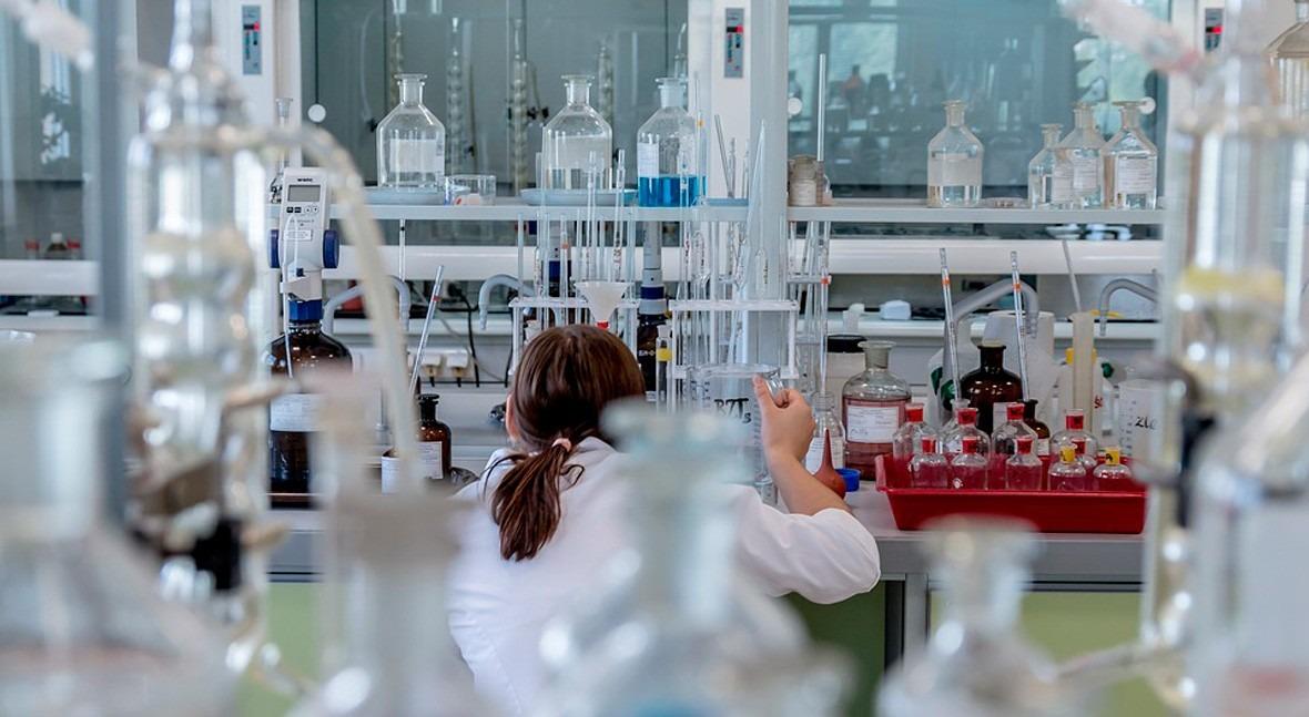 Formación técnica laboratorios Aguas Andinas