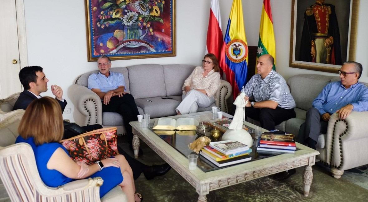 Saur compra colombiana Naunet