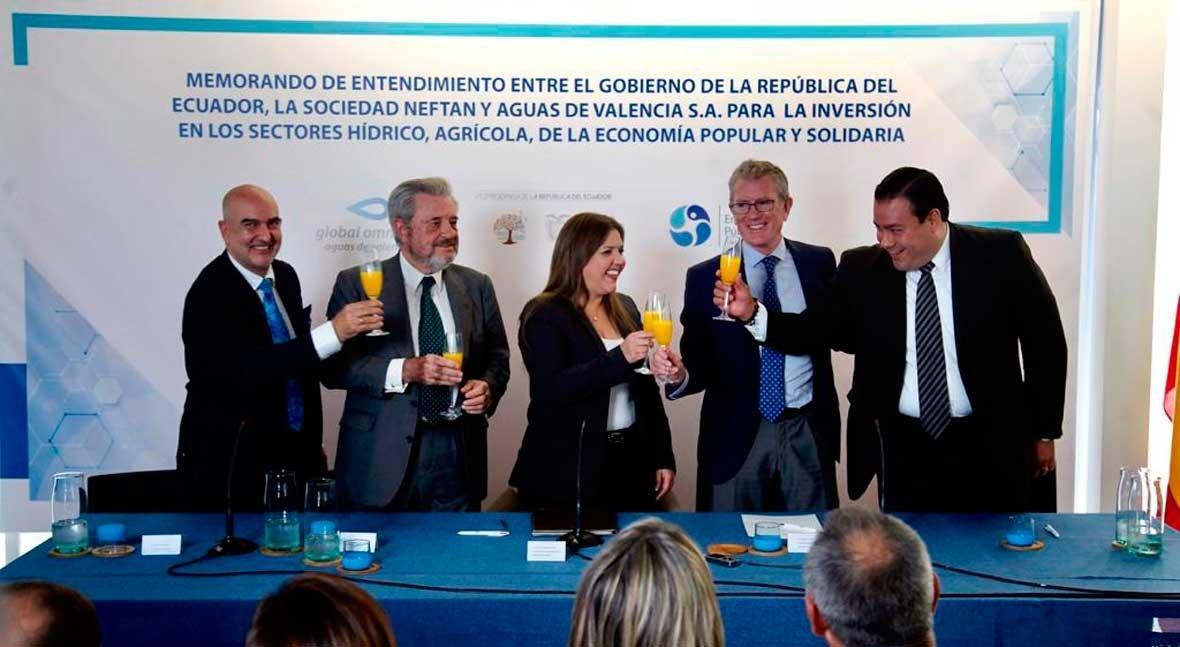 Ecuador y Global Omnium acuerdan constituir empresa invertir proyectos hidráulicos