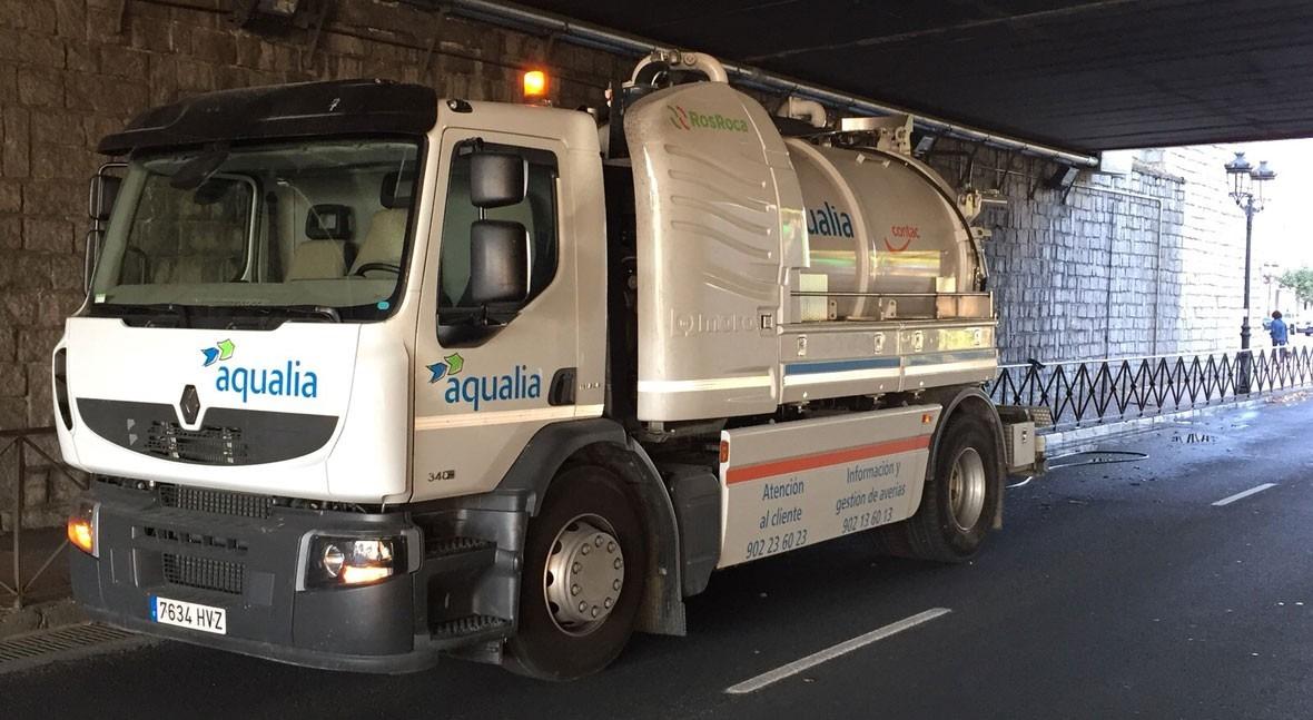 Aqualia pone marcha plan mantenimiento y limpieza imbornales Ávila