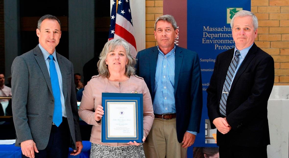 Inima USAAquaria LLC recibe premio excelencia servicio IDAS Taunton River