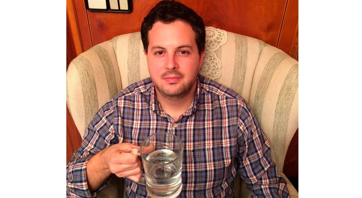 "José Antonio Palomero: "" siglo XXI, tenemos derecho como consumidores pedir agua grifo"""