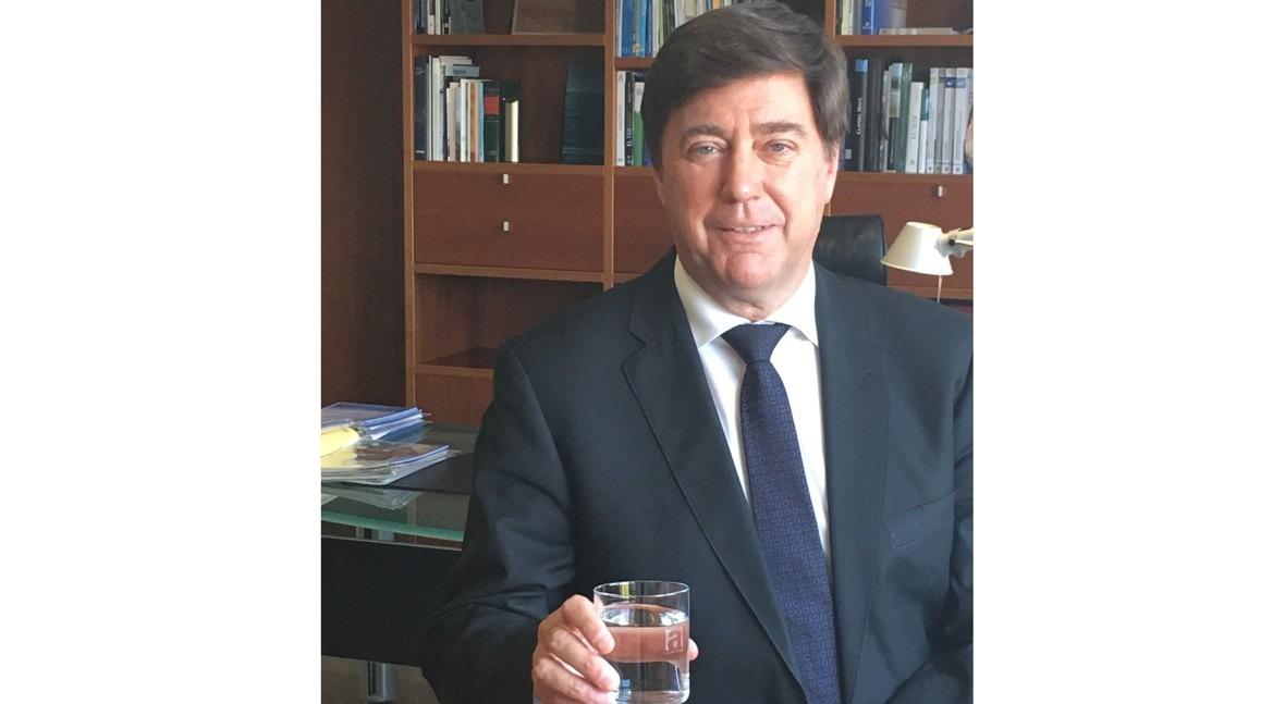 """Jordi Agustí: """" agua grifo es más sostenible términos huella ecológica"""""""