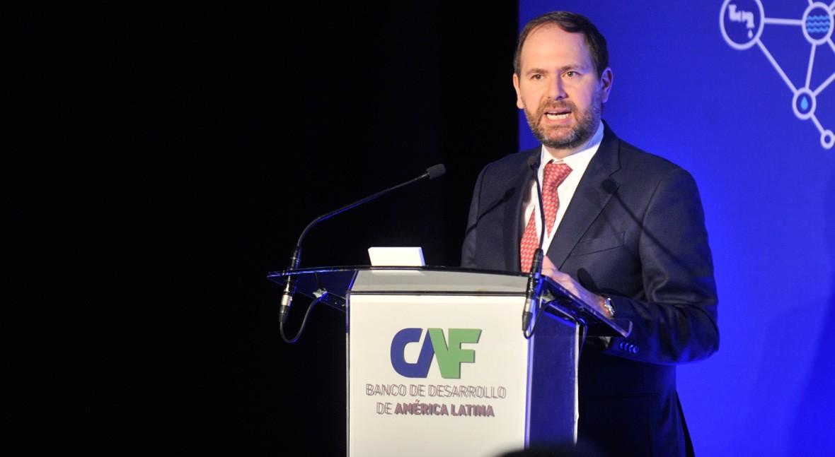 """Julián Suárez: """" 2019, CAF intensificará cartera préstamos sector agua"""""""