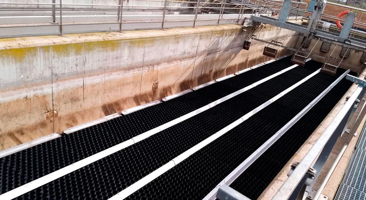 TecnoConverting realiza renovación decantación lamelar EDAR Girona