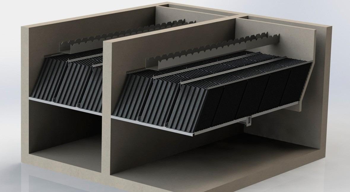 ¿Cuál es mejor disposición poner módulos lamelares dentro decantador?