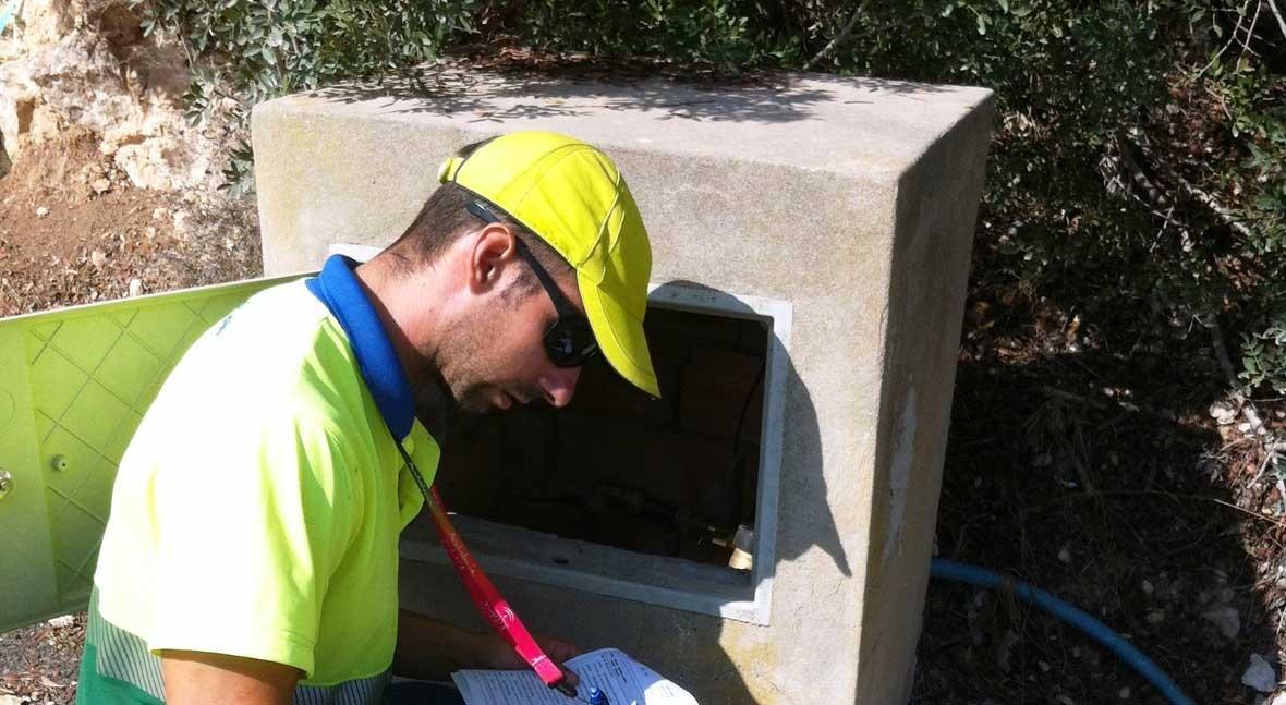 Aqualia detectó 230 fraudes consumo agua isla Ibiza 2015