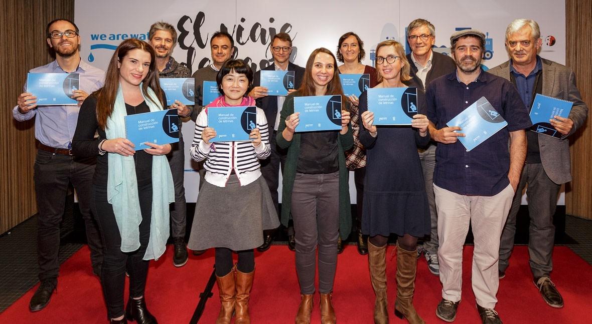 We Are Water presenta Manual Construcción Letrinas Día Mundial Retrete