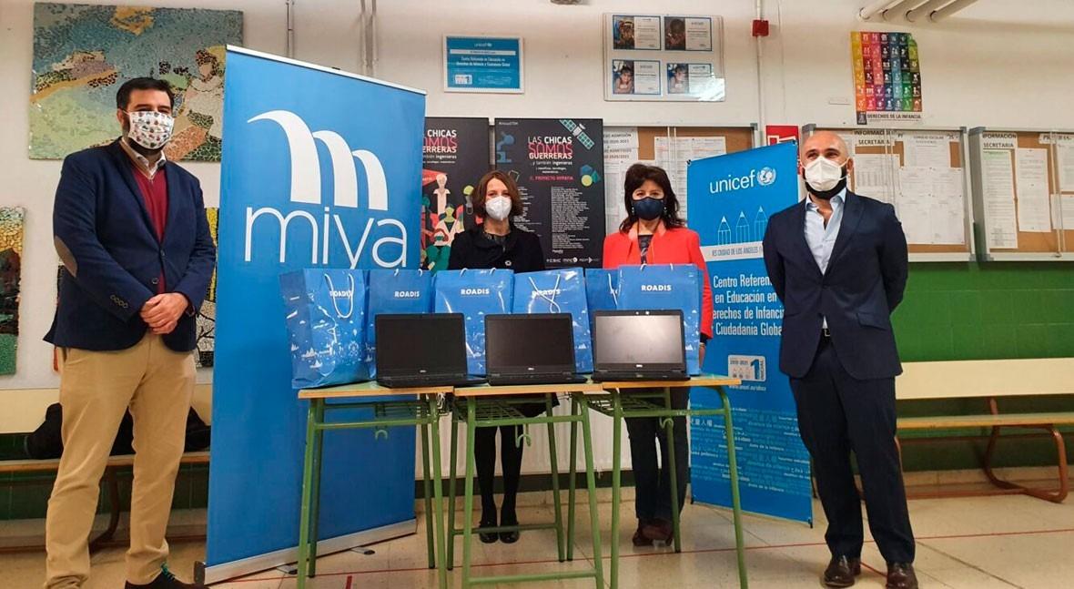 """Miya se suma iniciativa """"Conectados clase"""" impulsada Junta Municipal Villaverde"""