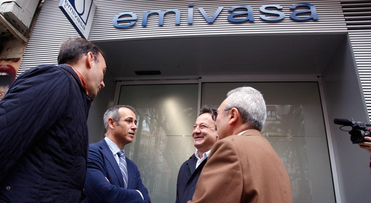 Aguas Valencia visita nuevas oficinas atención al público Emivasa