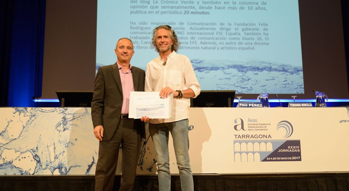 AEAS clausura jornadas entrega premios periodismo y redes sociales