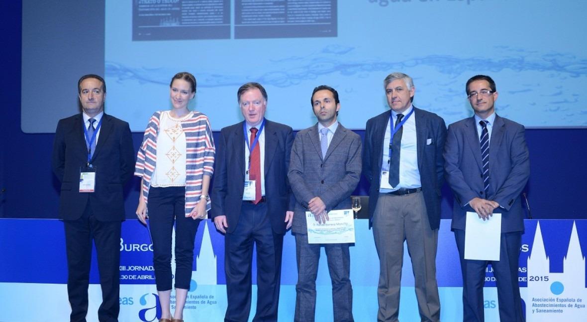 Rafael Barrera y Águeda García Durango, galardonados Premios Periodismo AEAS 2015