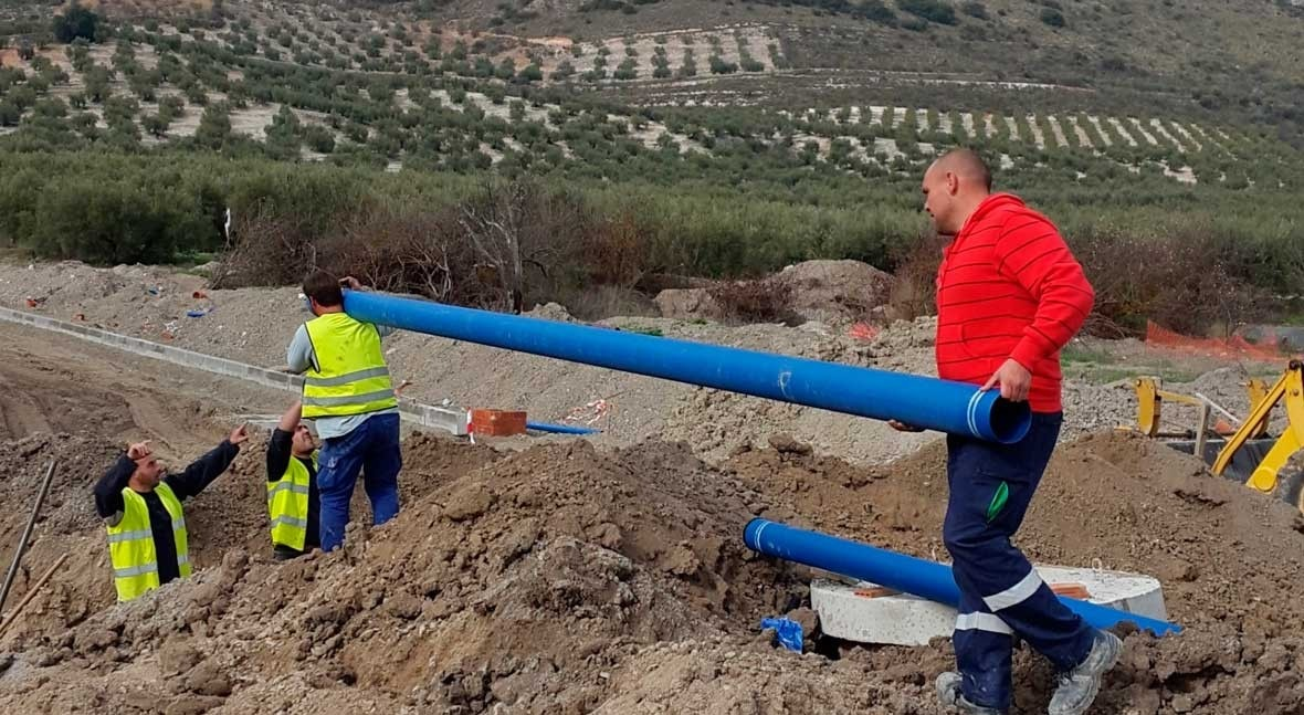 Saint-Gobain PAM España, presente obras urbanización polígono industrial Vega