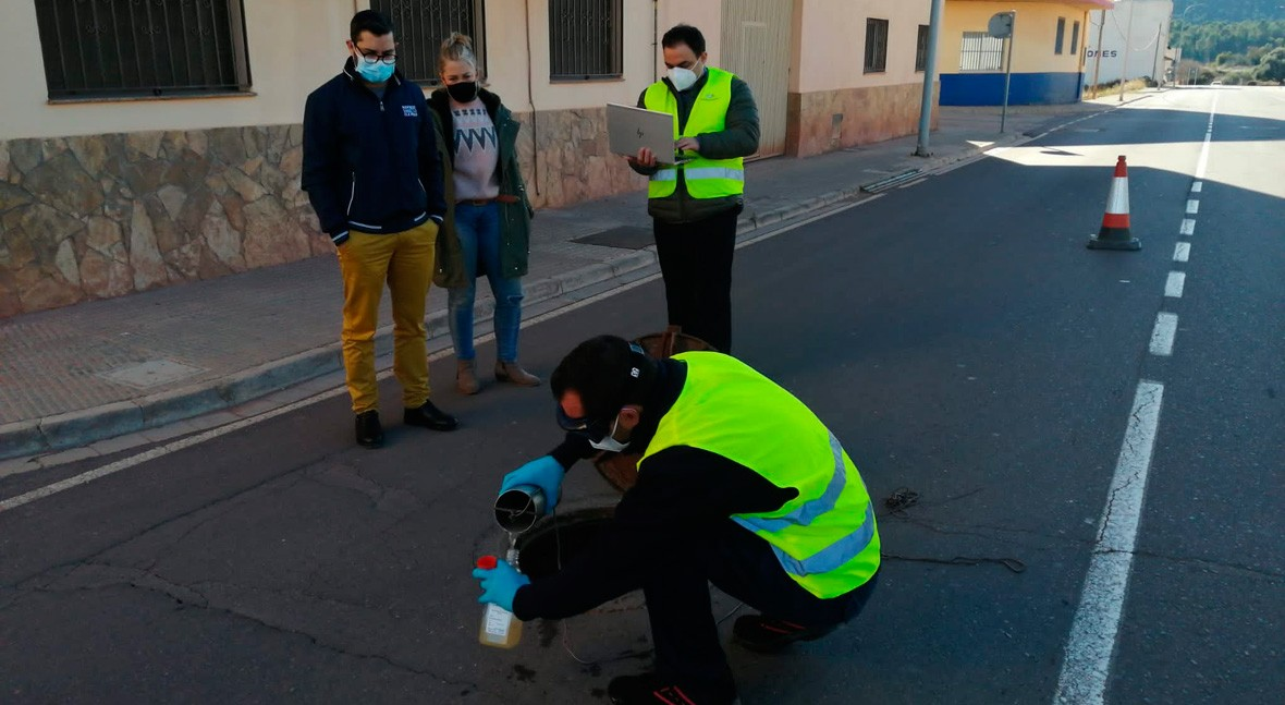 L'Alcora analiza agua alcantarilla frenar y prevenir presencia virus COVID-19