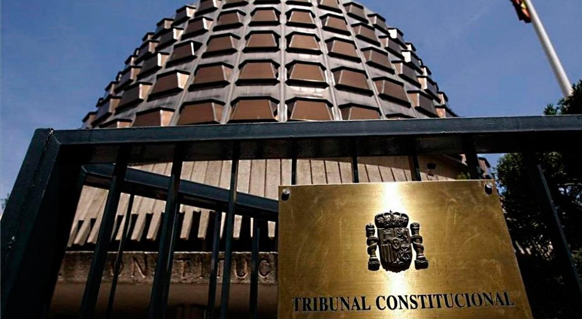"""TC valida régimen """"tasa–tarifa"""" previsto Ley Contratos Sector Público"""
