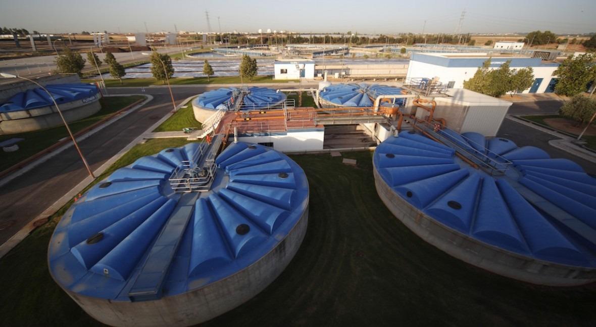 Standard & Poor's lo tiene claro: España debe invertir menos AVE y más agua