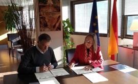 ACUAES firma convenio ampliación y explotación obras EDAR Madridejos