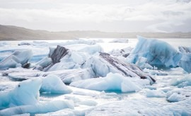 agua fluye partes hielo Antártida