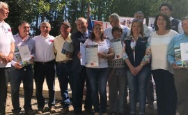 Chile entrega bonos apoyar riego campesino región O'Higgins