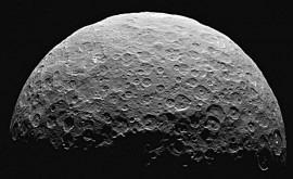 deslizamientos terreno Ceres, reflejo hielo agua oculto