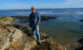 """Mike Beck: """"Cuando se trata valorar manglares y arrecifes, podemos hacer mejor trabajo"""""""